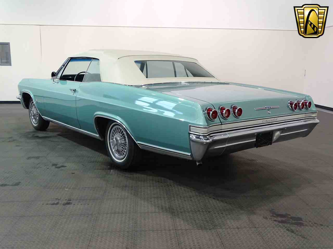 Large Picture of Classic 1965 Chevrolet Impala located in Indiana - $34,995.00 Offered by Gateway Classic Cars - Indianapolis - L5YV
