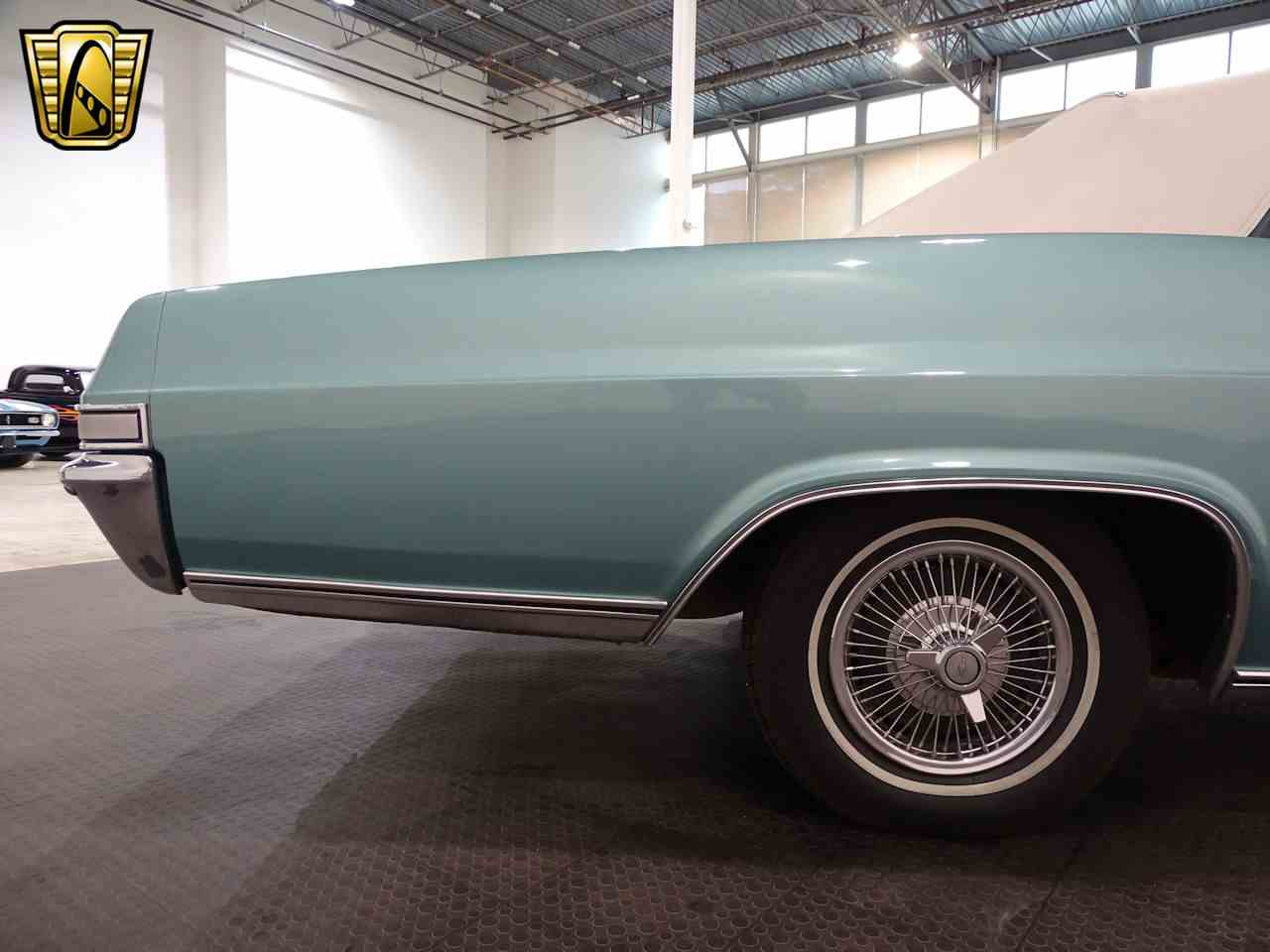 Large Picture of '65 Impala Offered by Gateway Classic Cars - Indianapolis - L5YV