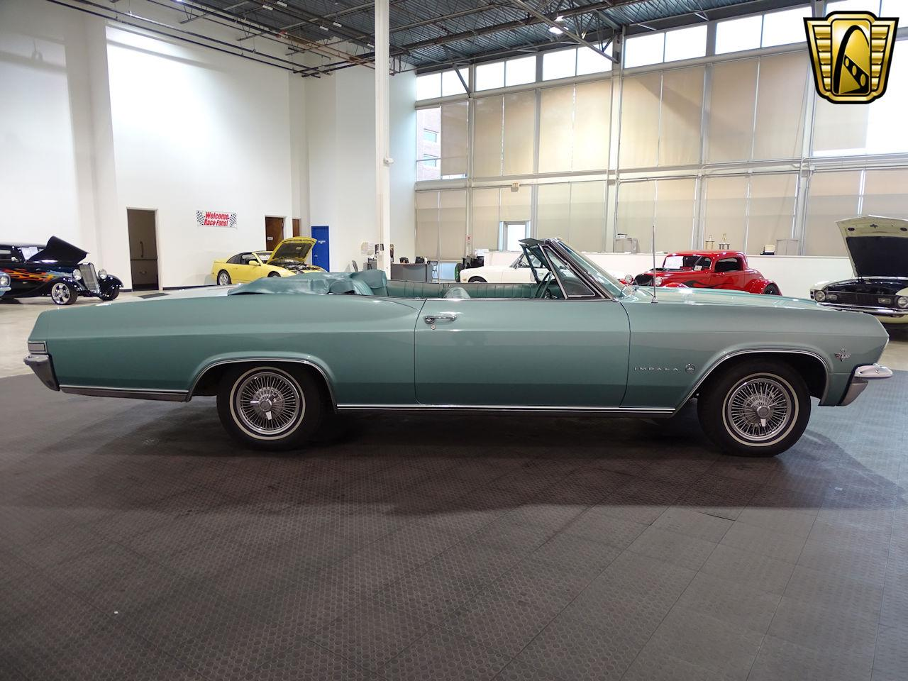 Large Picture of '65 Impala - L5YV