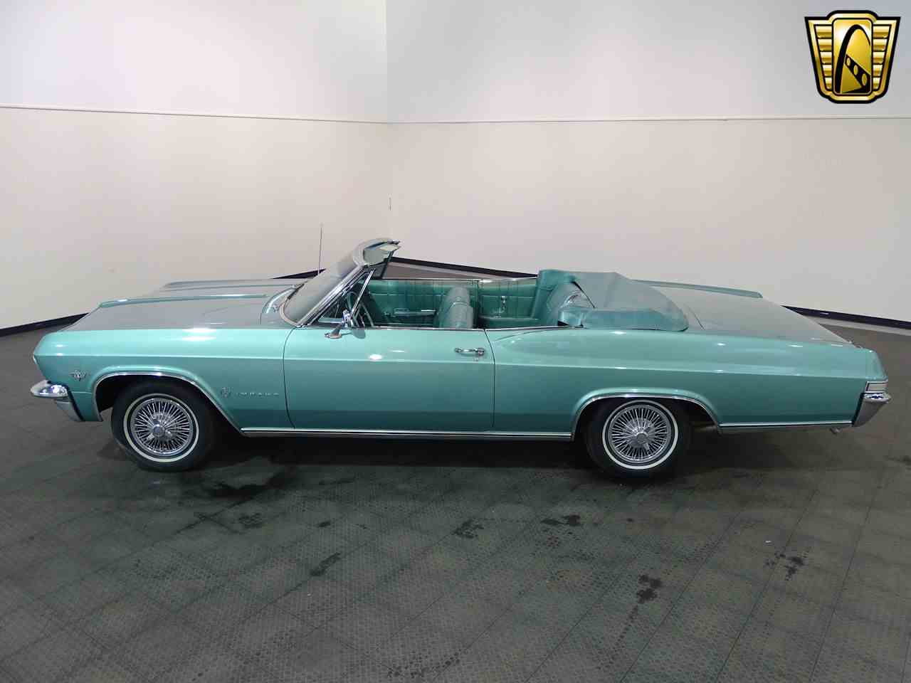 Large Picture of Classic 1965 Chevrolet Impala located in Indiana Offered by Gateway Classic Cars - Indianapolis - L5YV
