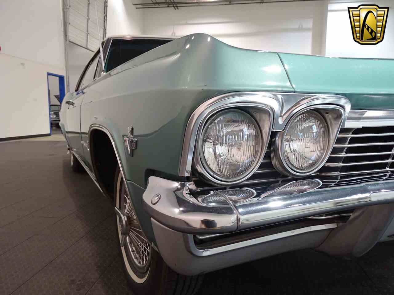 Large Picture of 1965 Chevrolet Impala located in Indianapolis Indiana - L5YV
