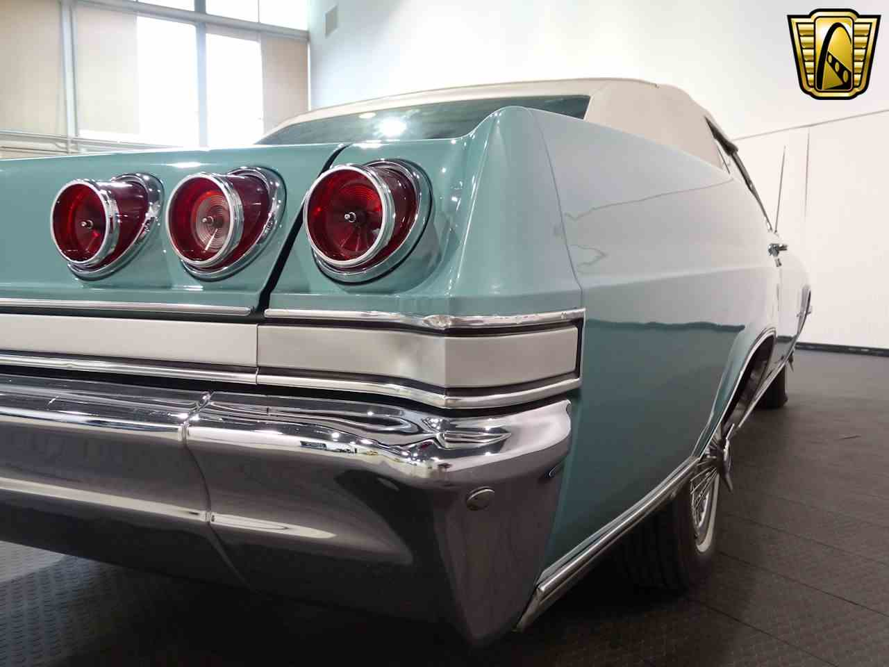Large Picture of '65 Chevrolet Impala located in Indianapolis Indiana Offered by Gateway Classic Cars - Indianapolis - L5YV