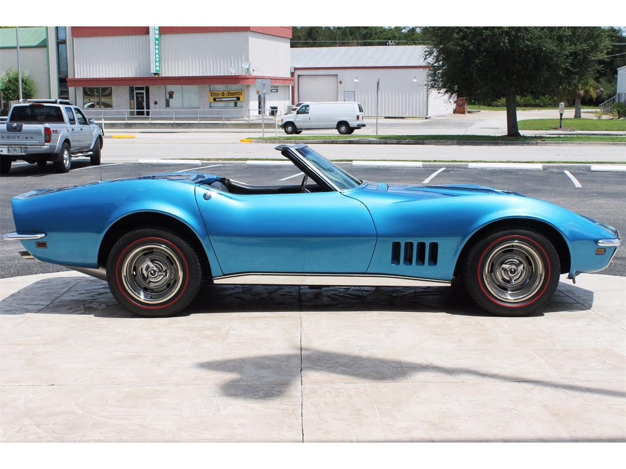 Large Picture of '68 Corvette - L62A