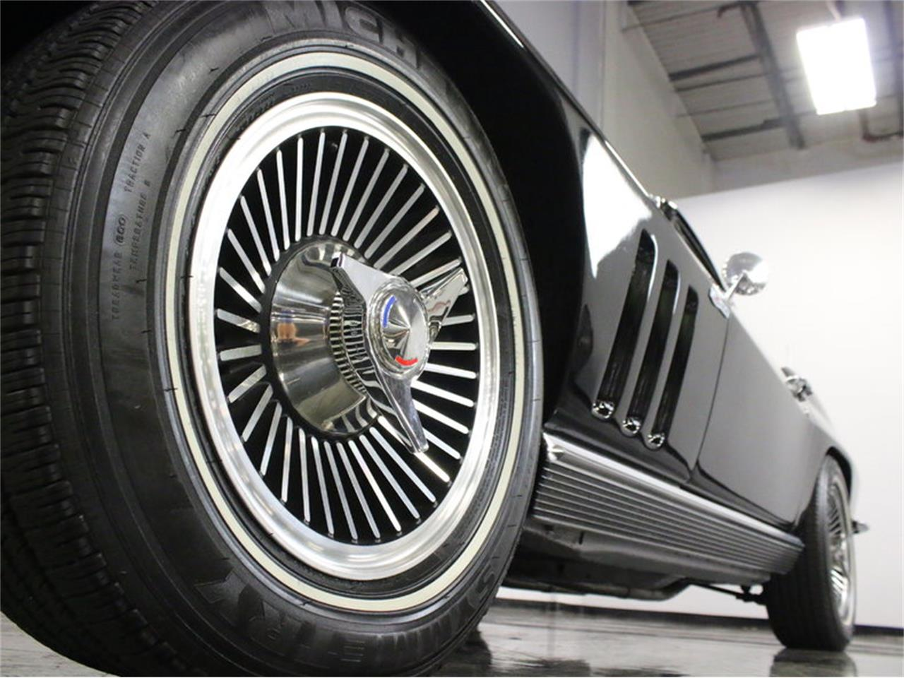 Large Picture of '66 Corvette Offered by Streetside Classics - Dallas / Fort Worth - L633