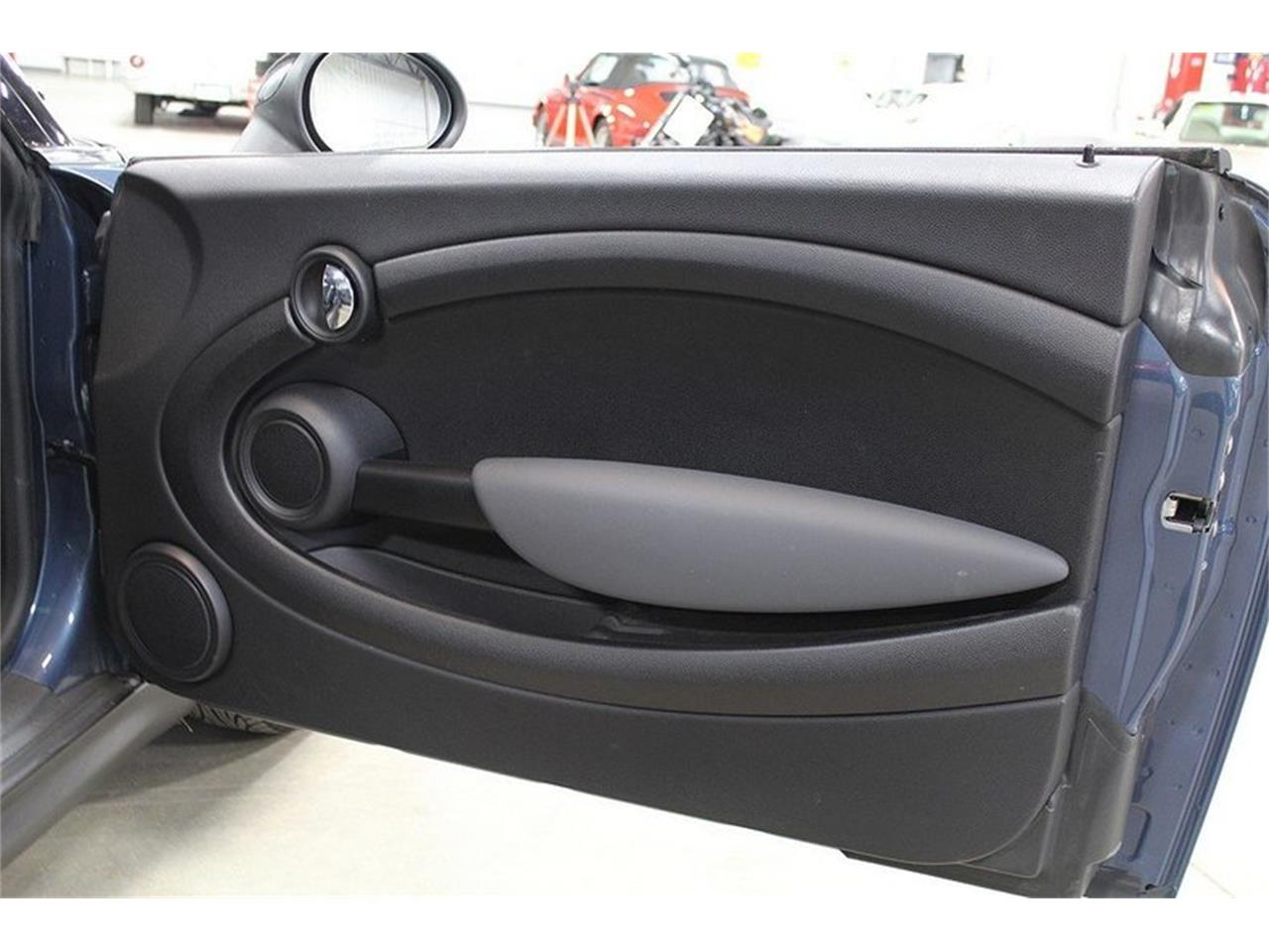 Large Picture of '10 MINI Cooper - $6,900.00 - L637