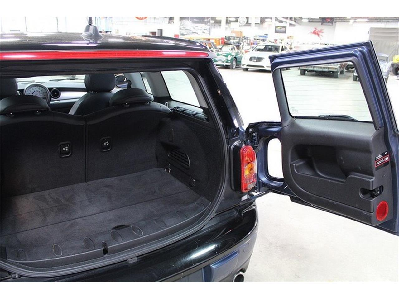 Large Picture of 2010 MINI Cooper - L637