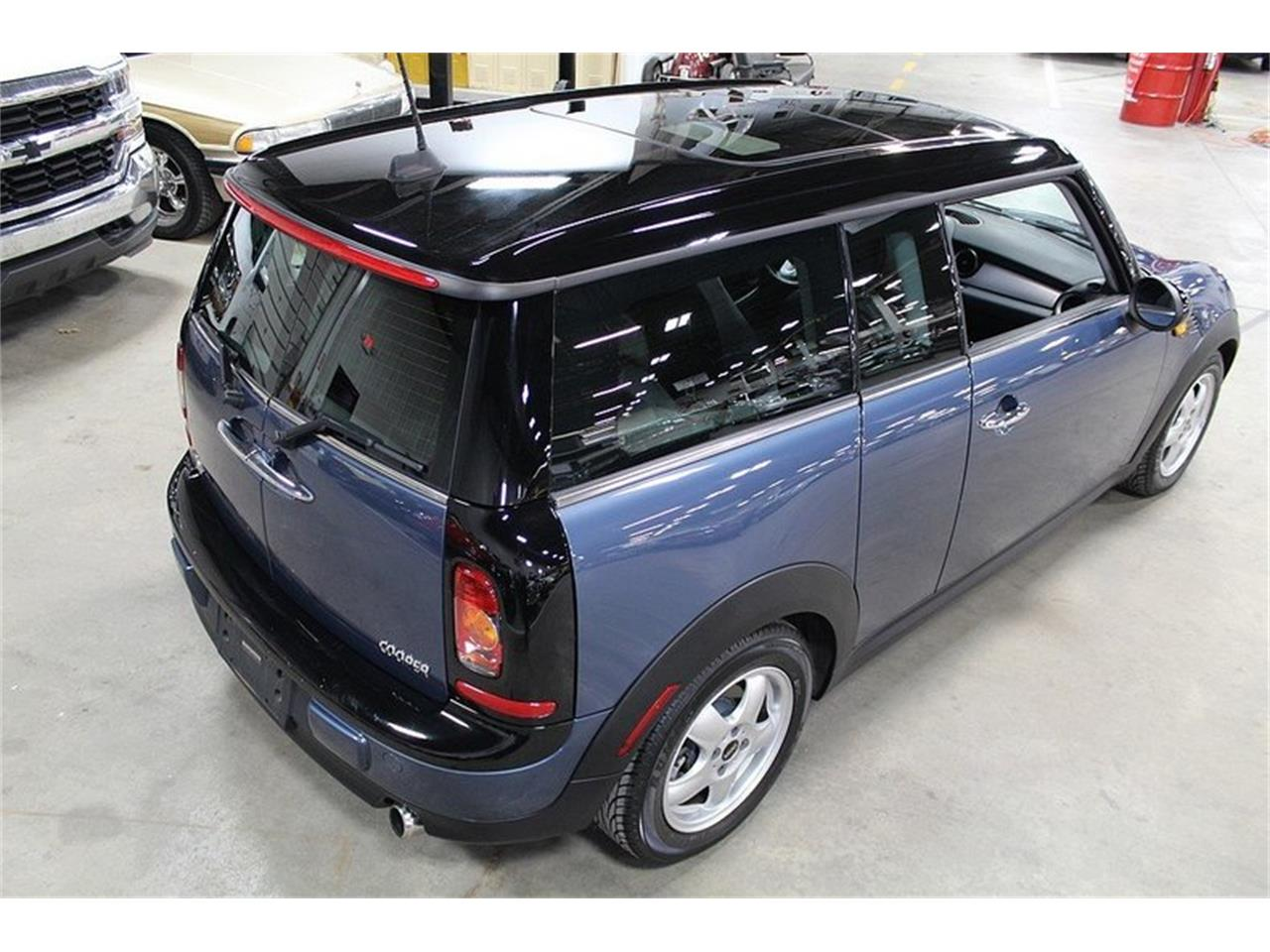 Large Picture of '10 Cooper located in Kentwood Michigan Offered by GR Auto Gallery - L637