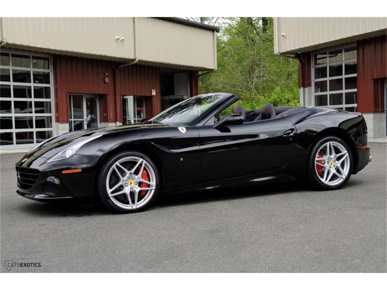 Large Picture of '16 Ferrari California located in Seattle Washington Auction Vehicle - L63E
