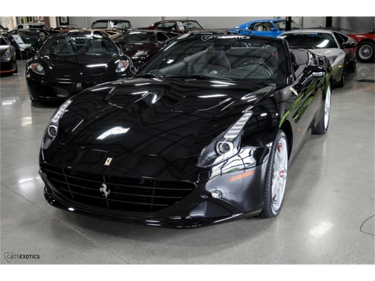 Large Picture of '16 Ferrari California located in Seattle Washington Auction Vehicle Offered by Cats Exotics - L63E