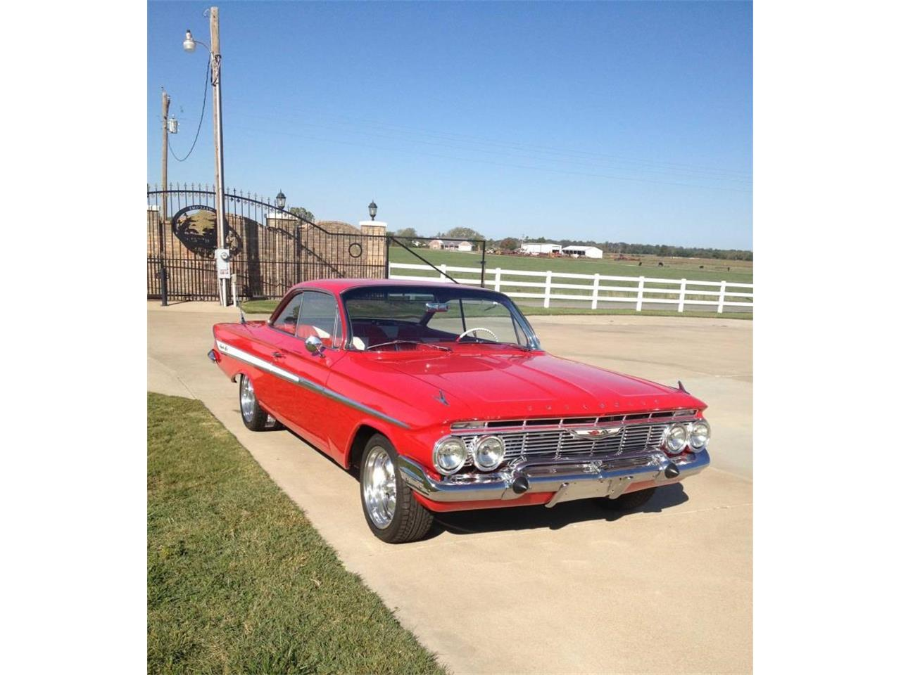 Large Picture of 1961 Impala located in Oklahoma Offered by Yesterday's Classic Cars  - L66A