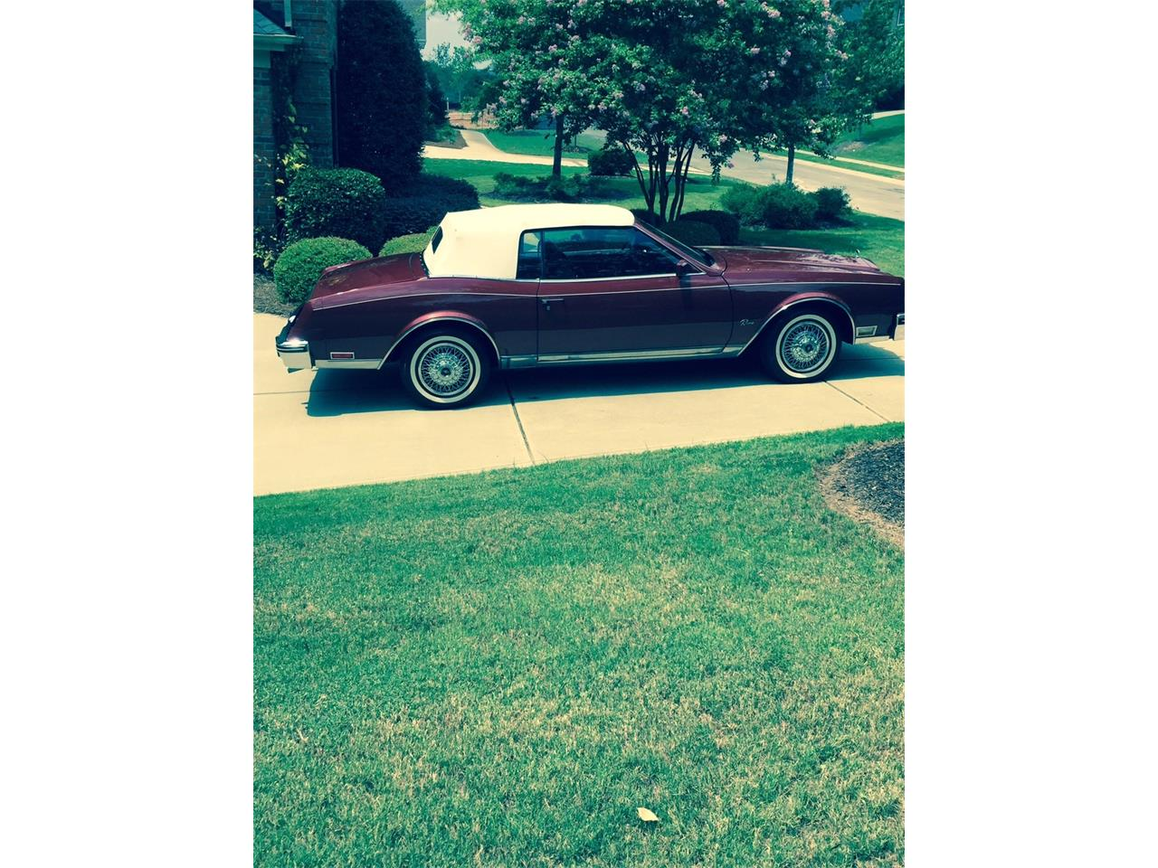 Large Picture of 1982 Buick Riviera located in Savannah Georgia - L66P