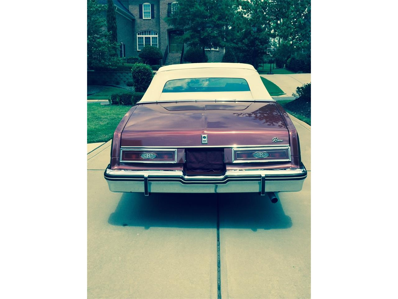 Large Picture of 1982 Buick Riviera located in Savannah Georgia - $18,000.00 - L66P