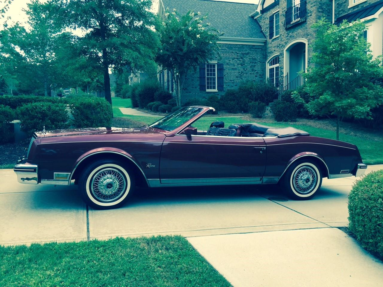 Large Picture of '82 Riviera Offered by a Private Seller - L66P
