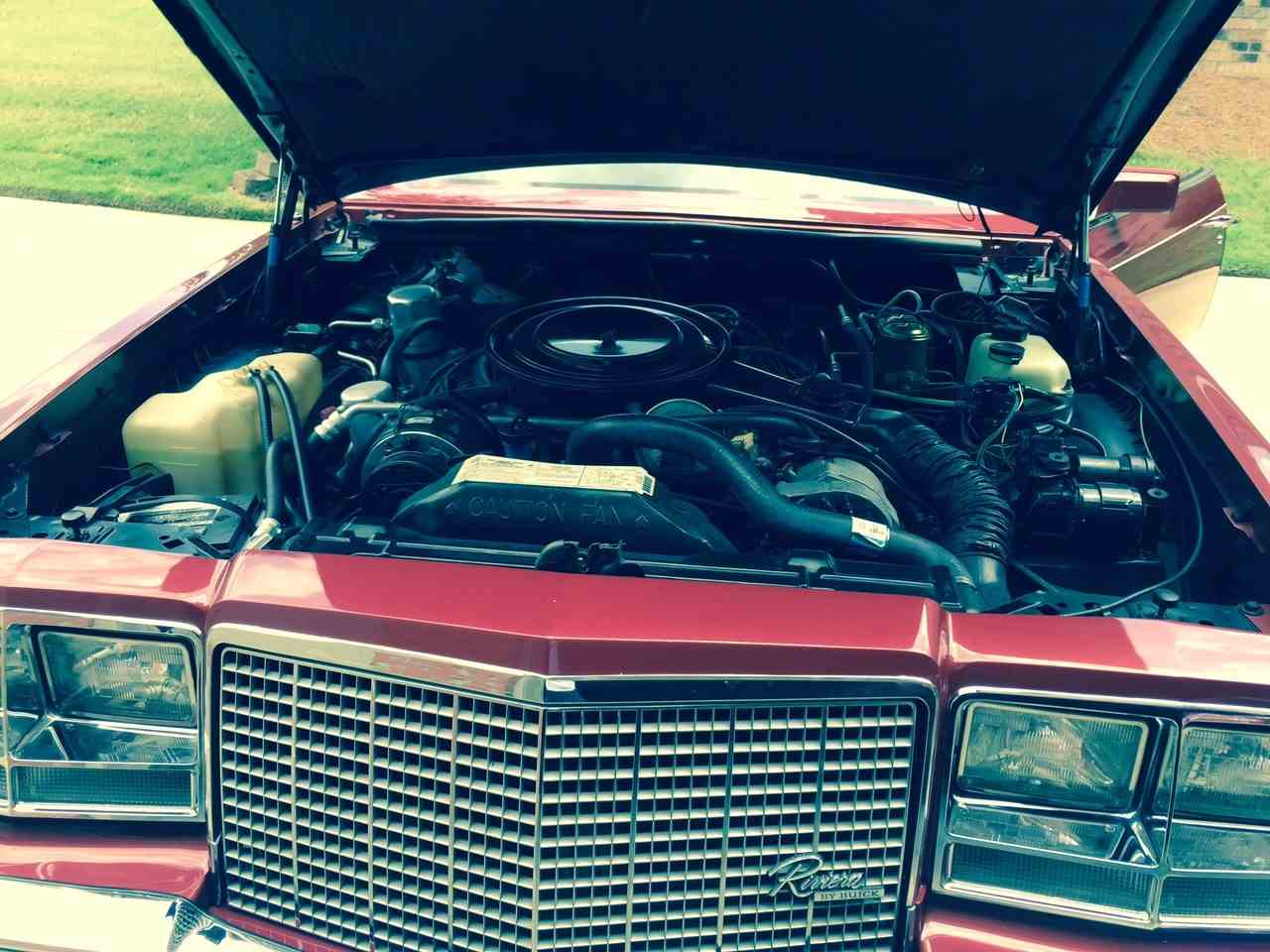 Large Picture of '82 Riviera - L66P