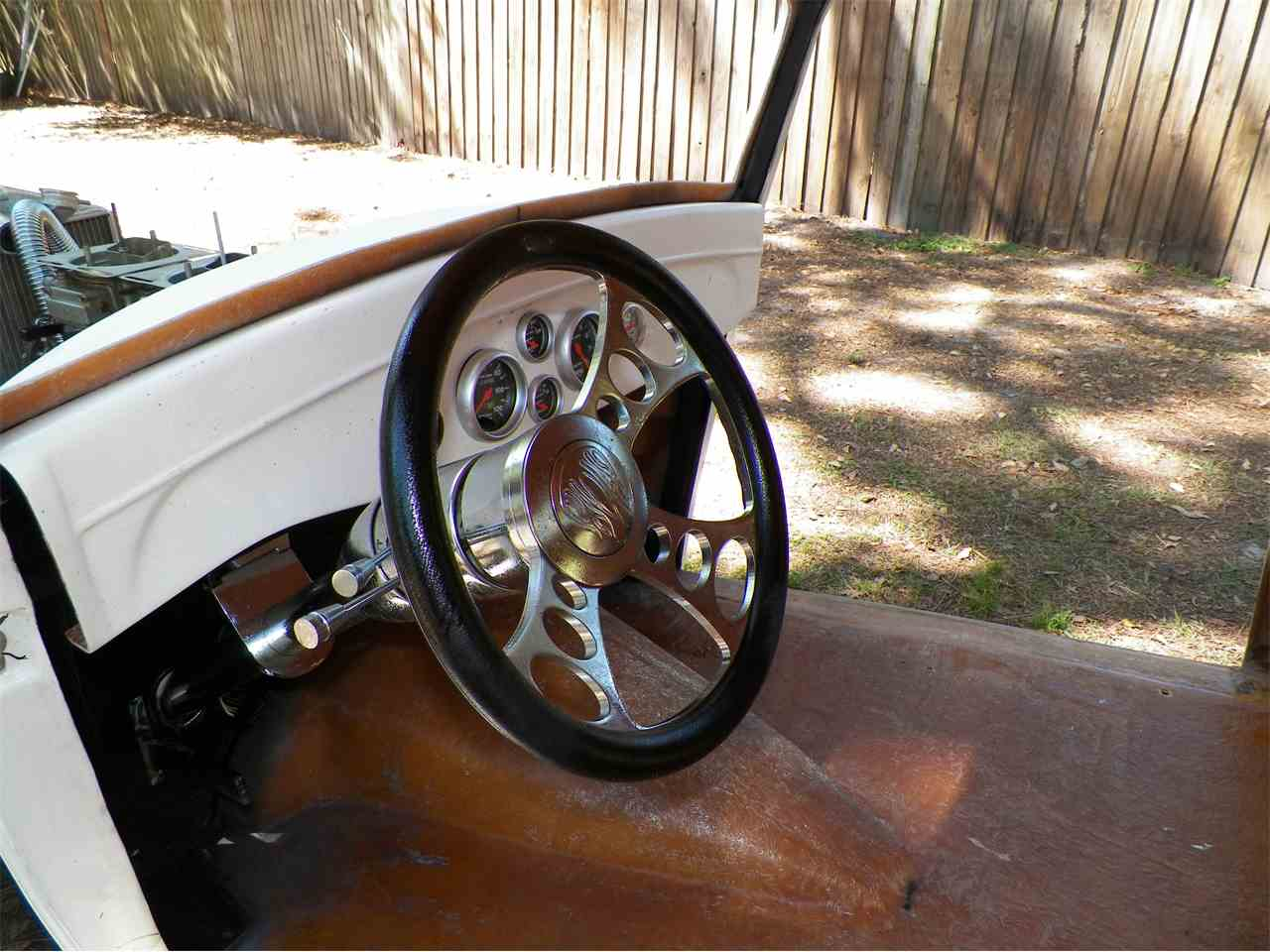 Large Picture of 1933 Coupe located in Florida - L67U