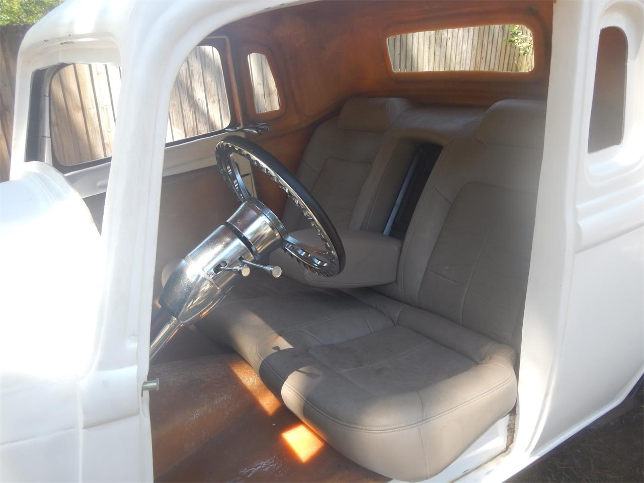 Large Picture of Classic 1933 Coupe Offered by a Private Seller - L67U