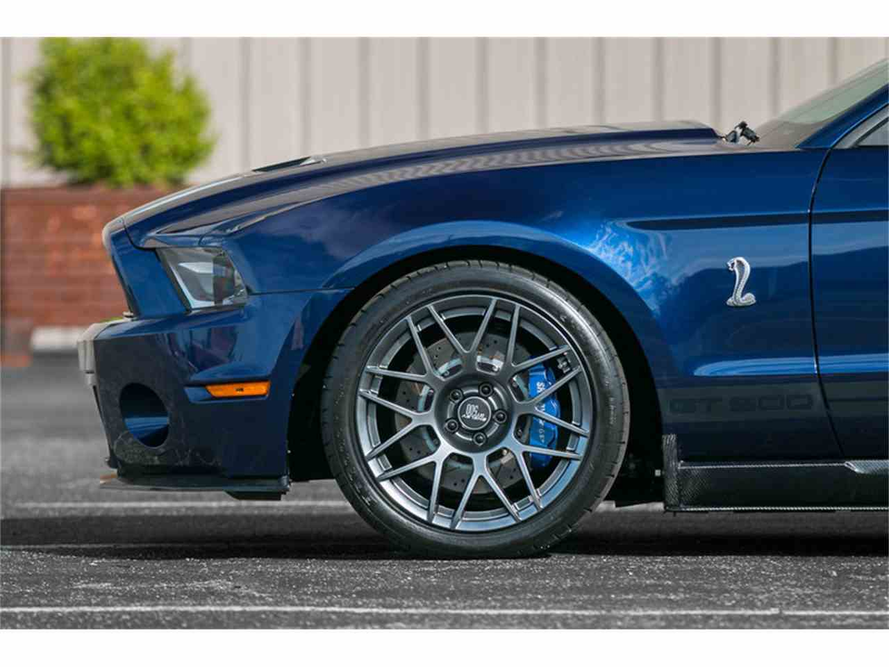 Large Picture of '12 Mustang - L68T