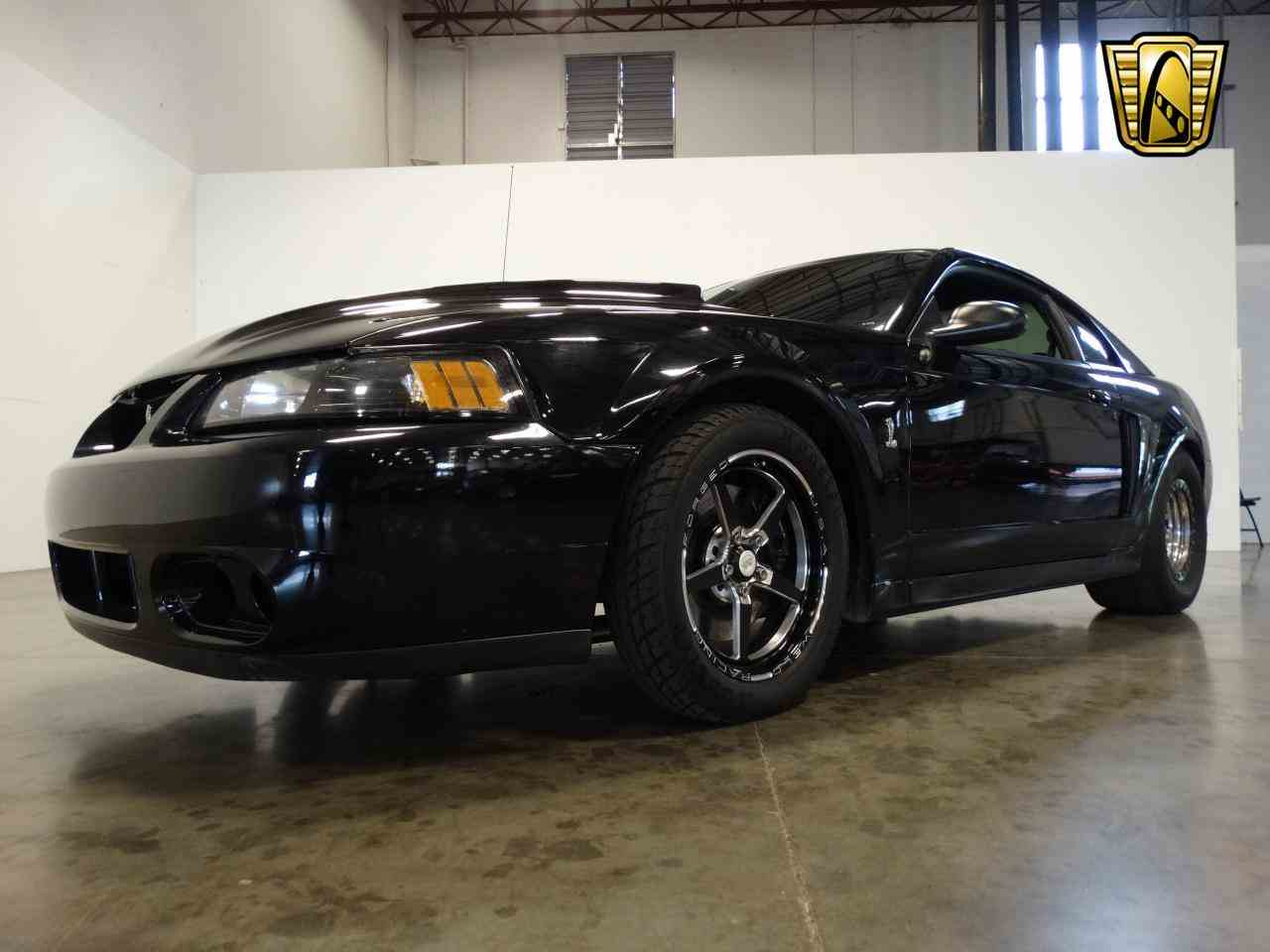 Large Picture of '02 Mustang - L6A2