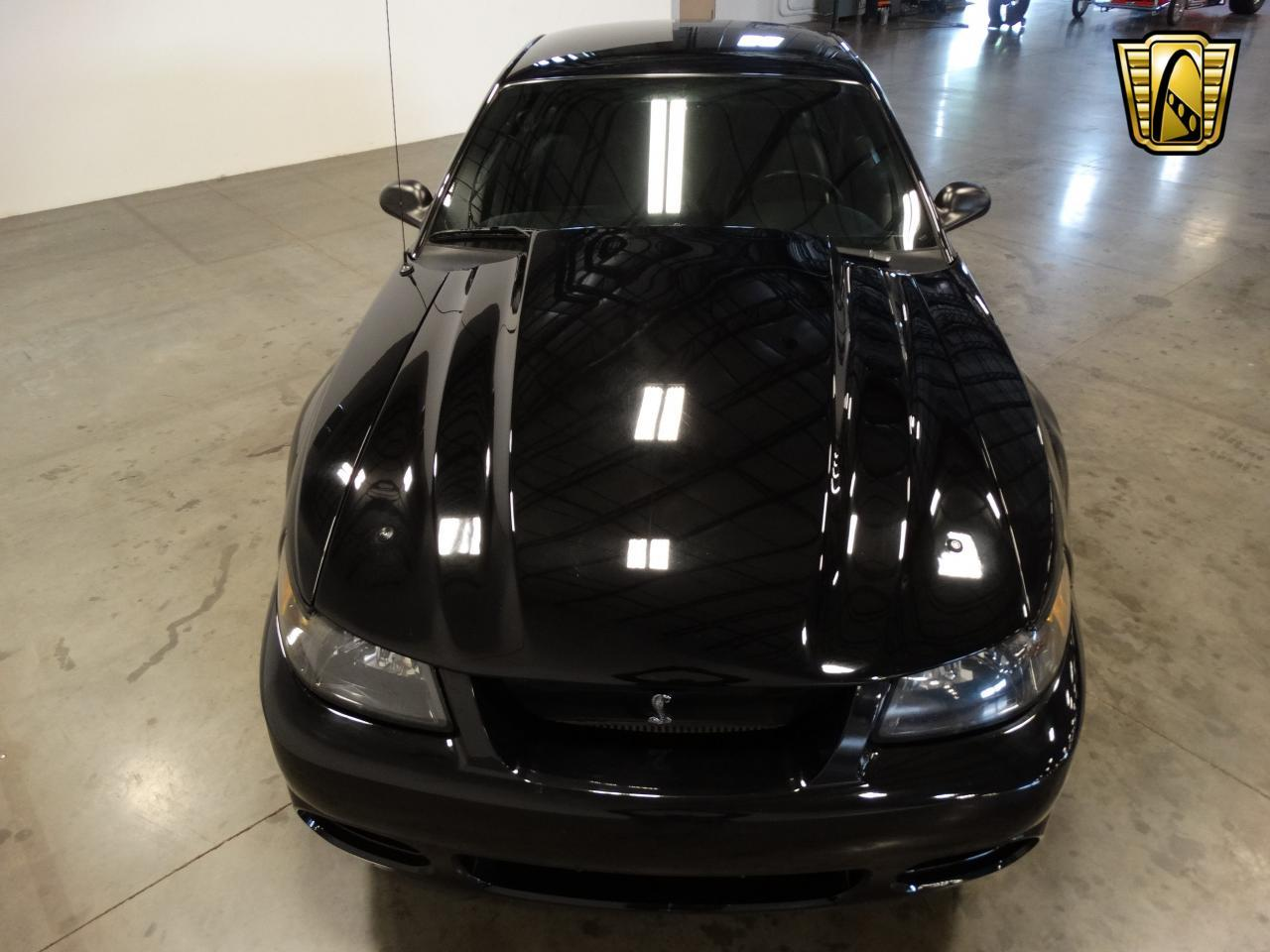 Large Picture of 2002 Ford Mustang located in Tennessee - $22,995.00 - L6A2