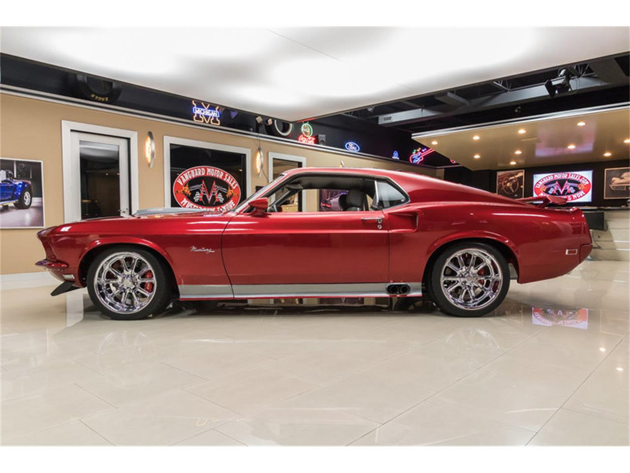 Large Picture of '69 Ford Mustang Fastback Restomod - $194,900.00 - L6C8