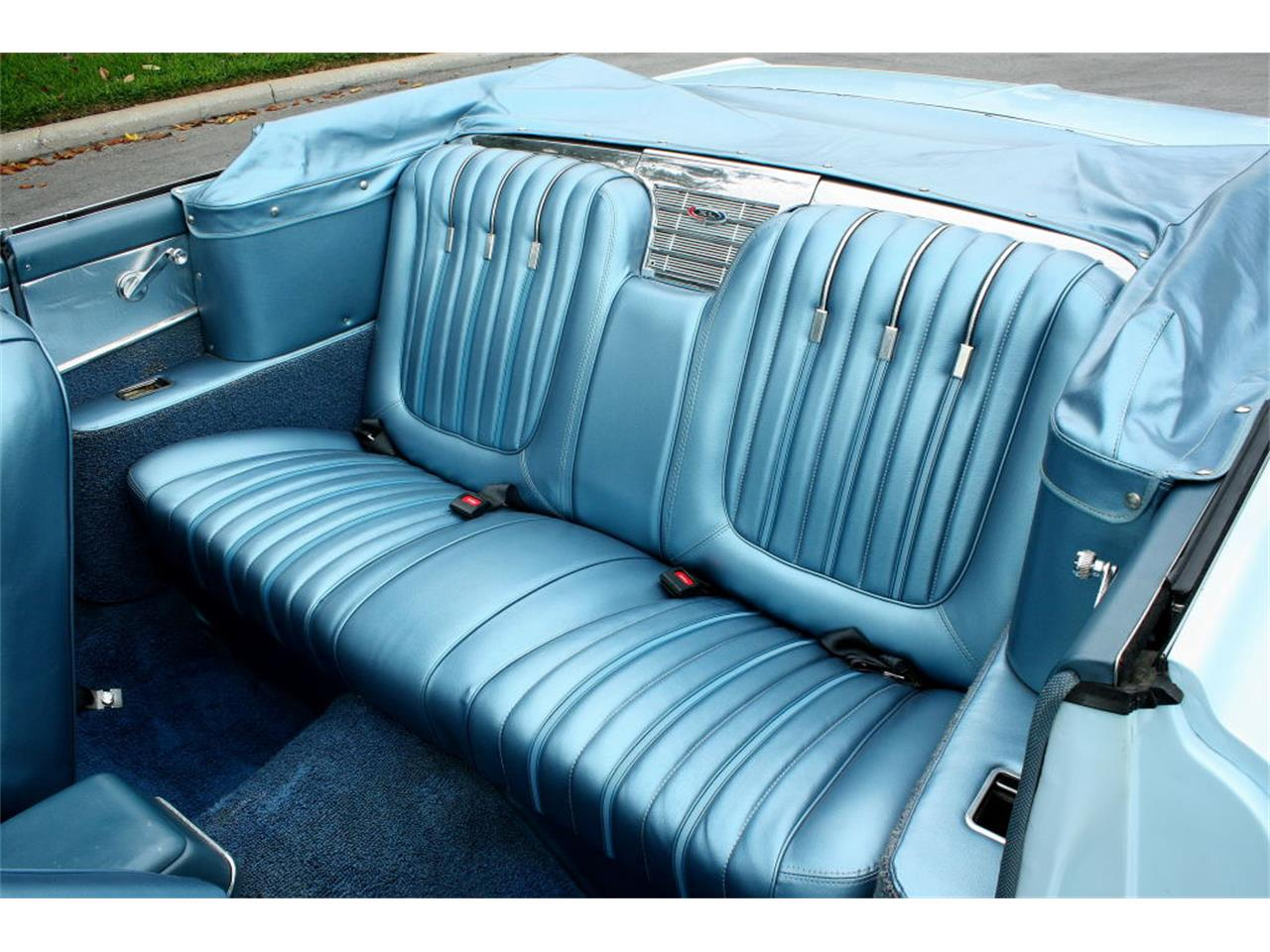 Large Picture of Classic 1962 Ford Galaxie - L6EK