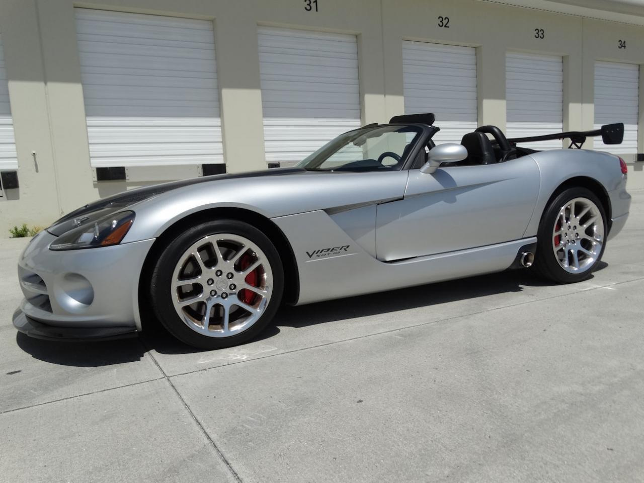 Large Picture of '04 Viper located in Coral Springs Florida - $54,000.00 - L6GU
