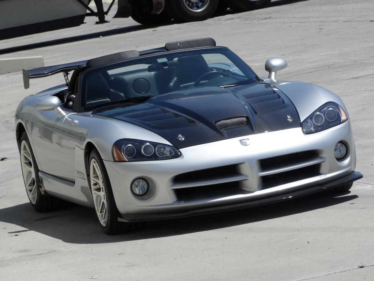 Large Picture of '04 Viper located in Coral Springs Florida Offered by Gateway Classic Cars - Fort Lauderdale - L6GU