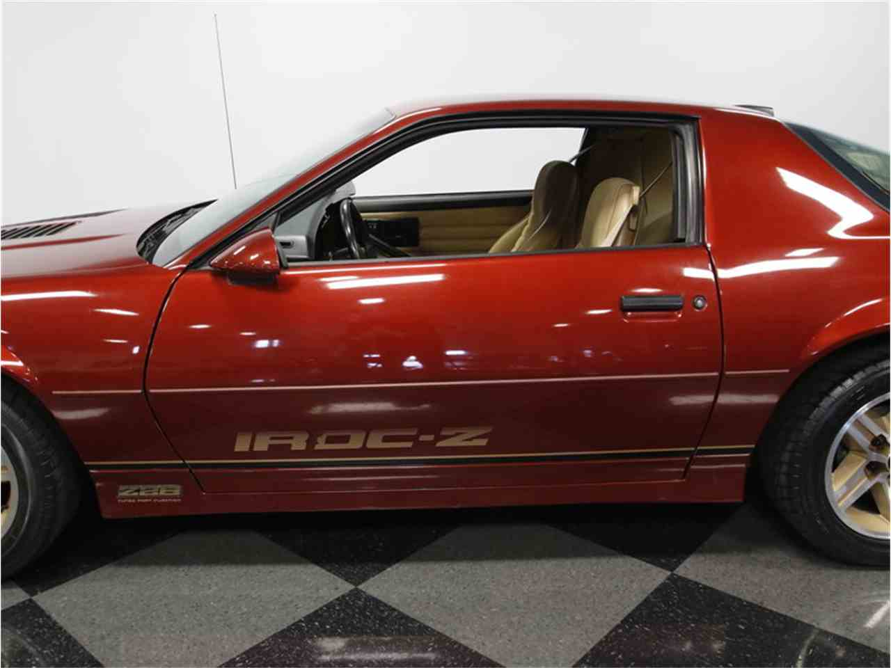 Large Picture of '86 Camaro IROC Z28 - L6HZ