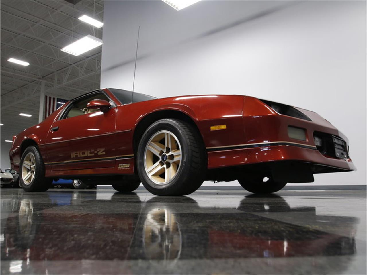 Large Picture of '86 Chevrolet Camaro IROC Z28 - $12,995.00 - L6HZ