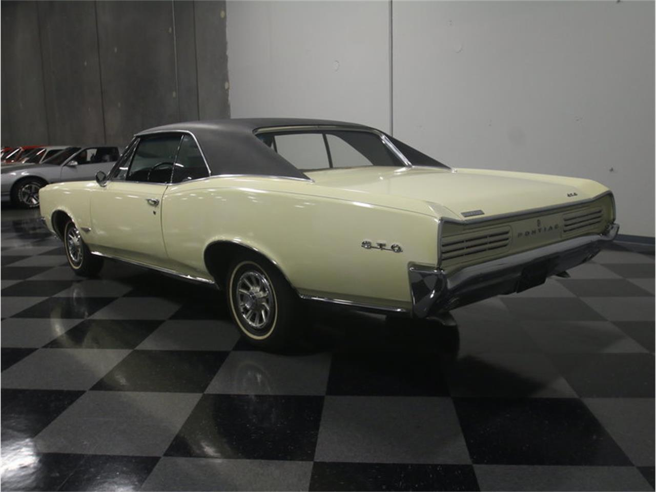 Large Picture of Classic '66 Pontiac GTO - L6I4