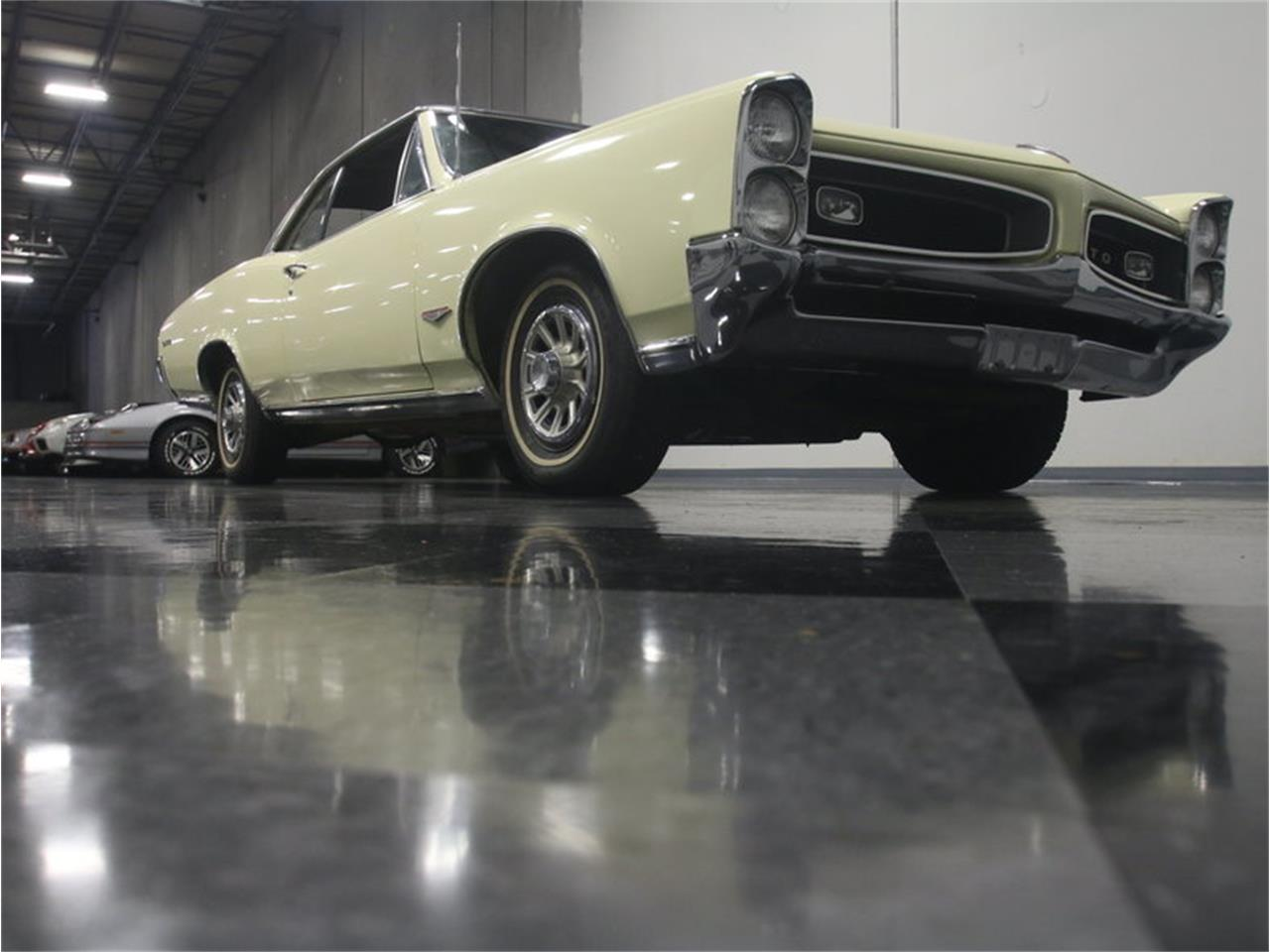 Large Picture of '66 GTO Offered by Streetside Classics - Atlanta - L6I4