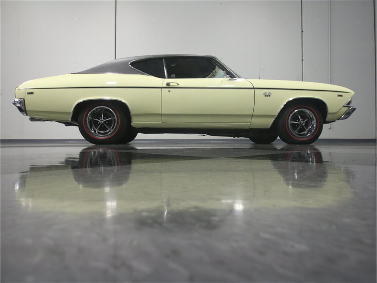 Large Picture of '69 Chevelle SS - L6I6