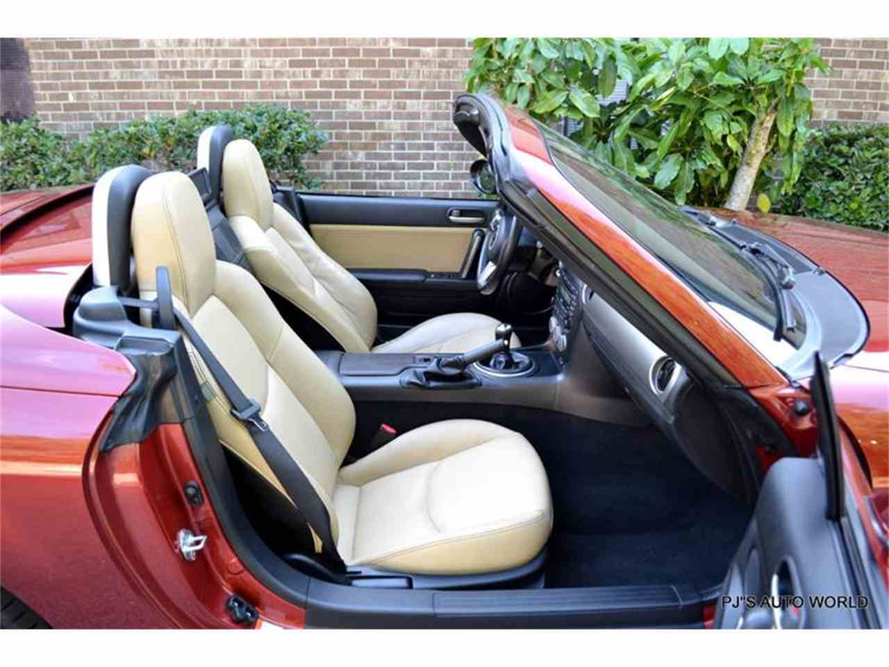 Large Picture of '12 Mazda Miata - L6IJ
