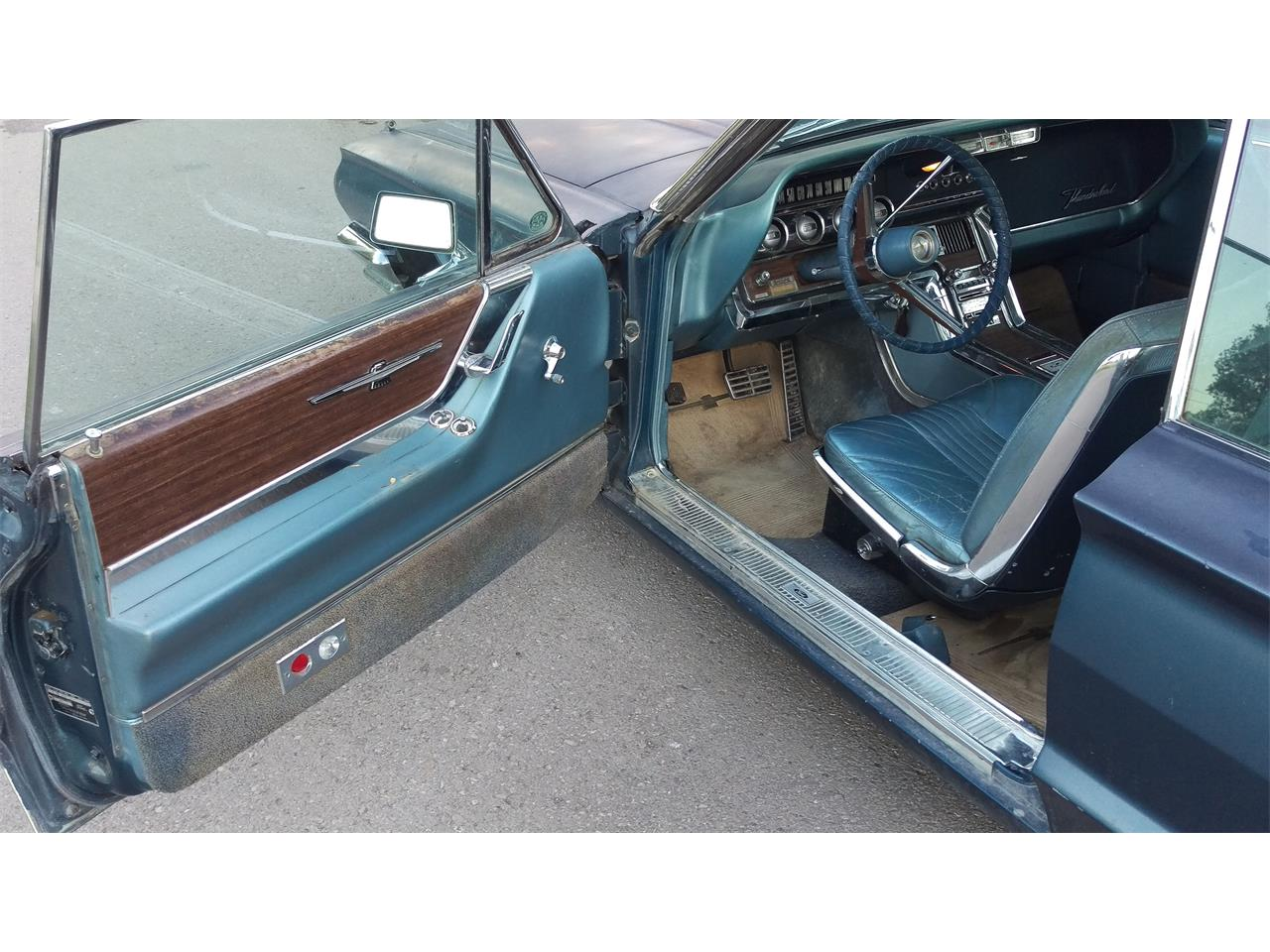 Large Picture of '64 Thunderbird - L6K9