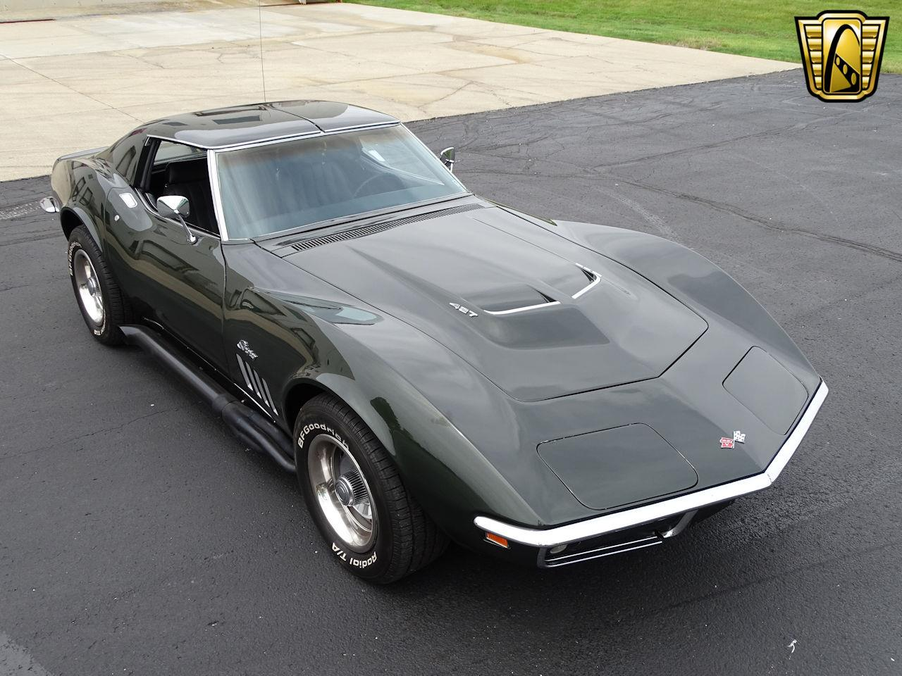 Large Picture of '69 Chevrolet Corvette located in Indianapolis Indiana Offered by Gateway Classic Cars - Indianapolis - L6RX
