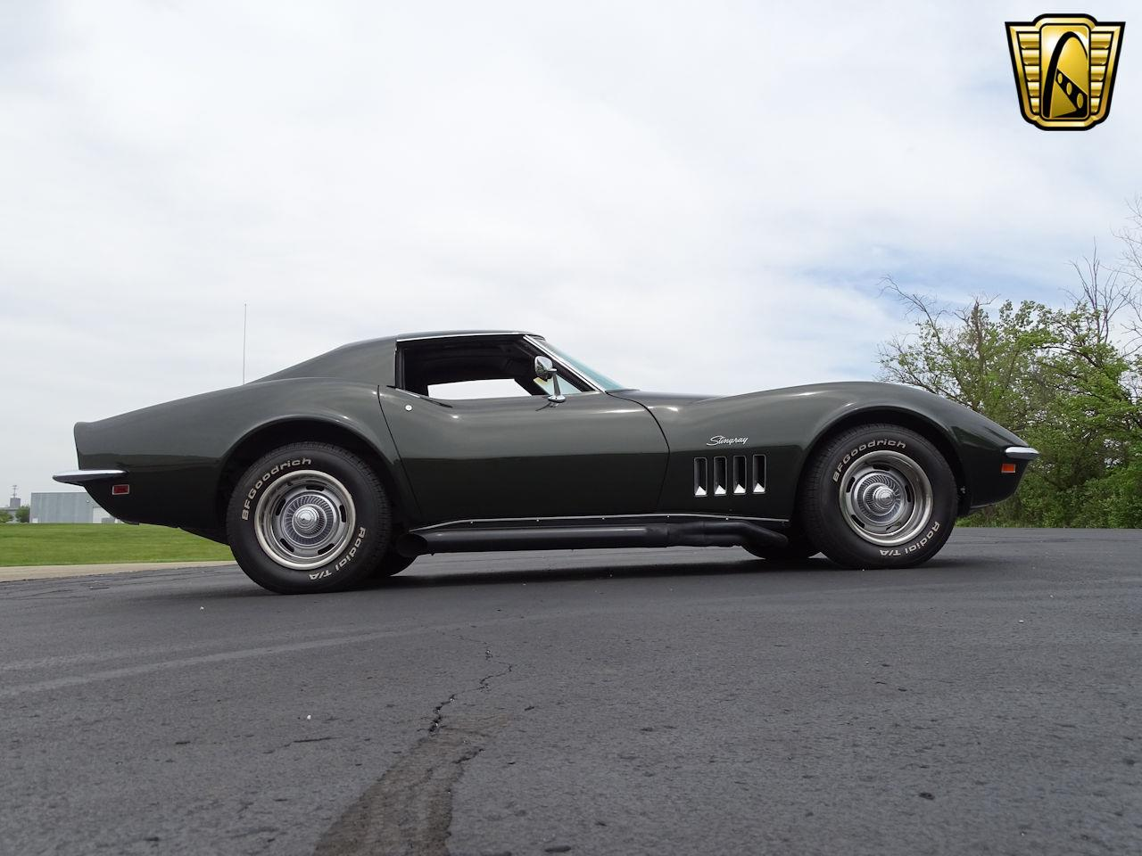 Large Picture of 1969 Corvette located in Indianapolis Indiana Offered by Gateway Classic Cars - Indianapolis - L6RX