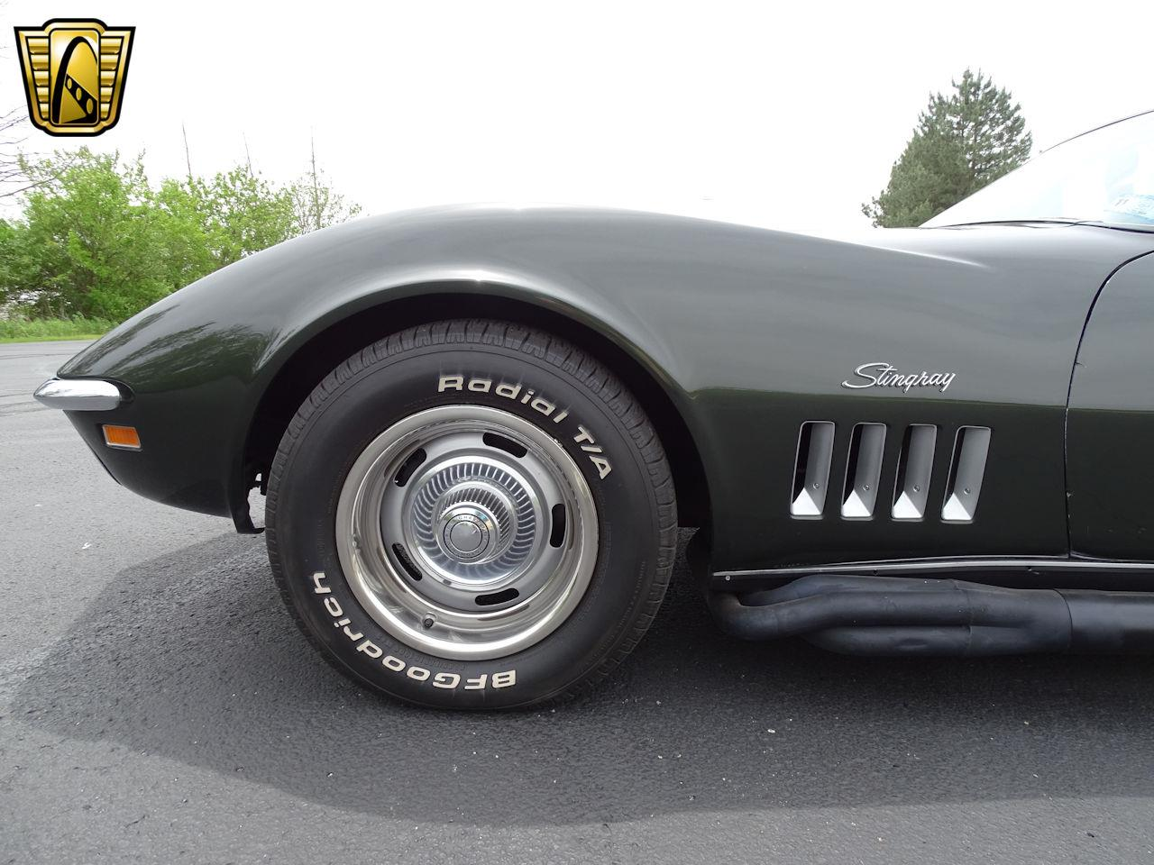 Large Picture of Classic '69 Chevrolet Corvette located in Indianapolis Indiana Offered by Gateway Classic Cars - Indianapolis - L6RX