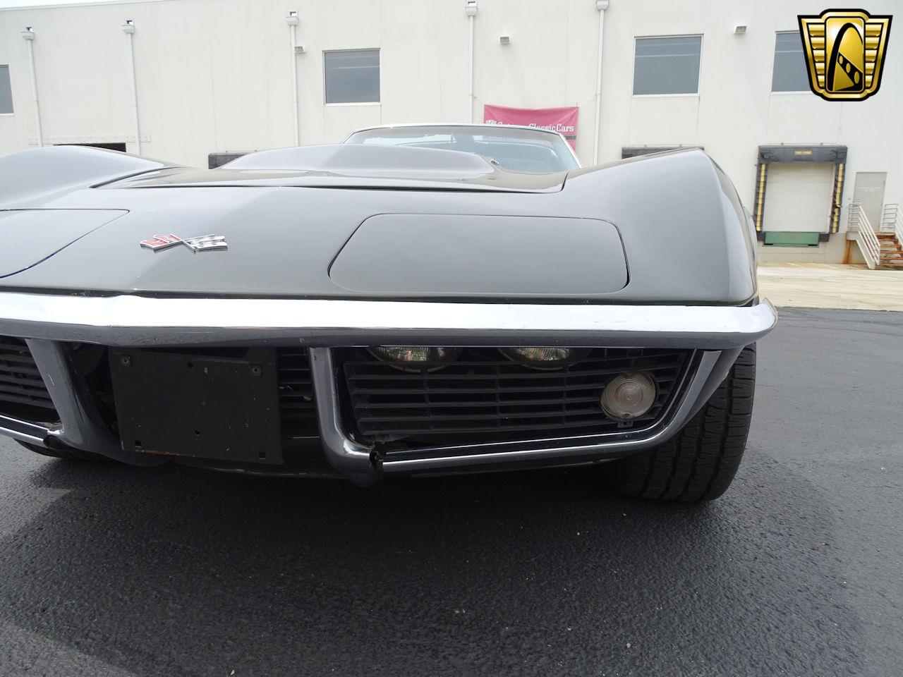 Large Picture of '69 Chevrolet Corvette located in Indianapolis Indiana - $32,595.00 - L6RX