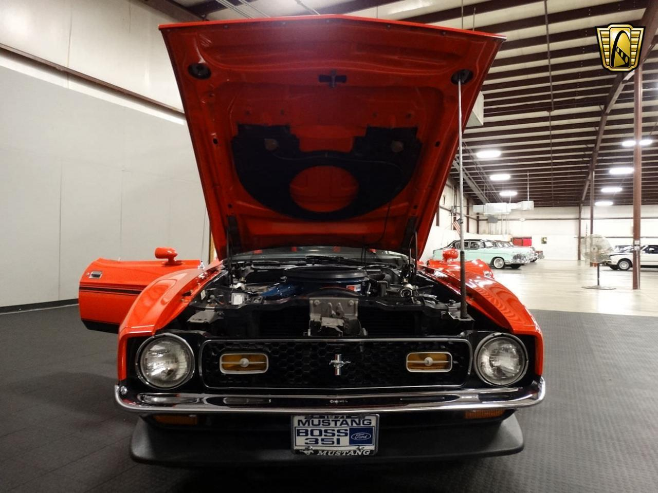 Large Picture of Classic '71 Ford Mustang located in Memphis Indiana - L6RZ