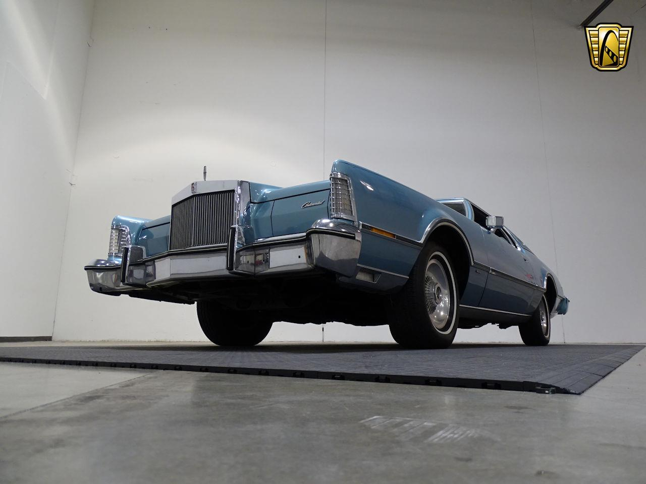 Large Picture of 1975 Lincoln Continental located in Texas - $10,995.00 - L6S1