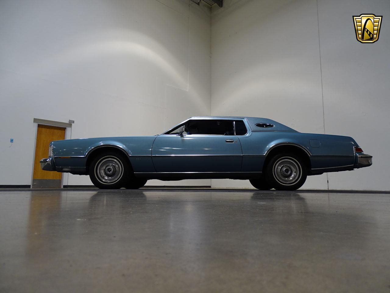 Large Picture of 1975 Lincoln Continental located in Houston Texas - $10,995.00 - L6S1