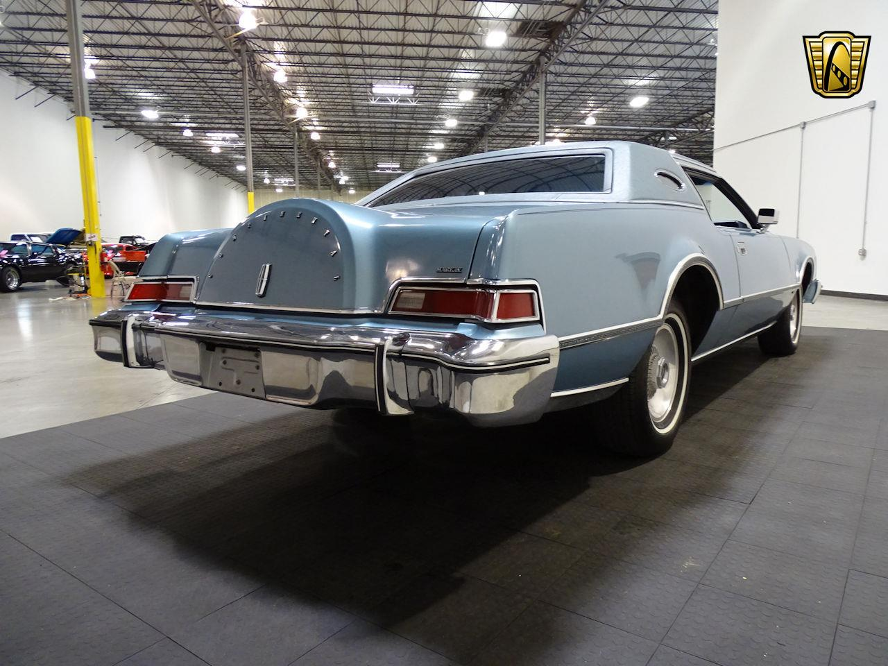 Large Picture of '75 Continental located in Texas - $10,995.00 - L6S1