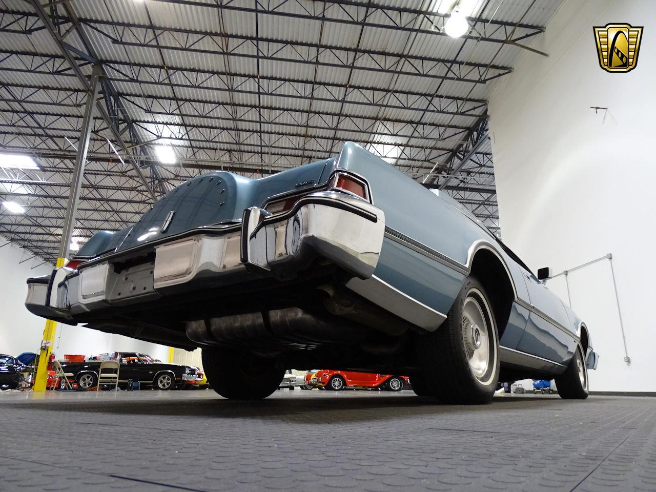 Large Picture of '75 Lincoln Continental located in Texas - $10,995.00 - L6S1