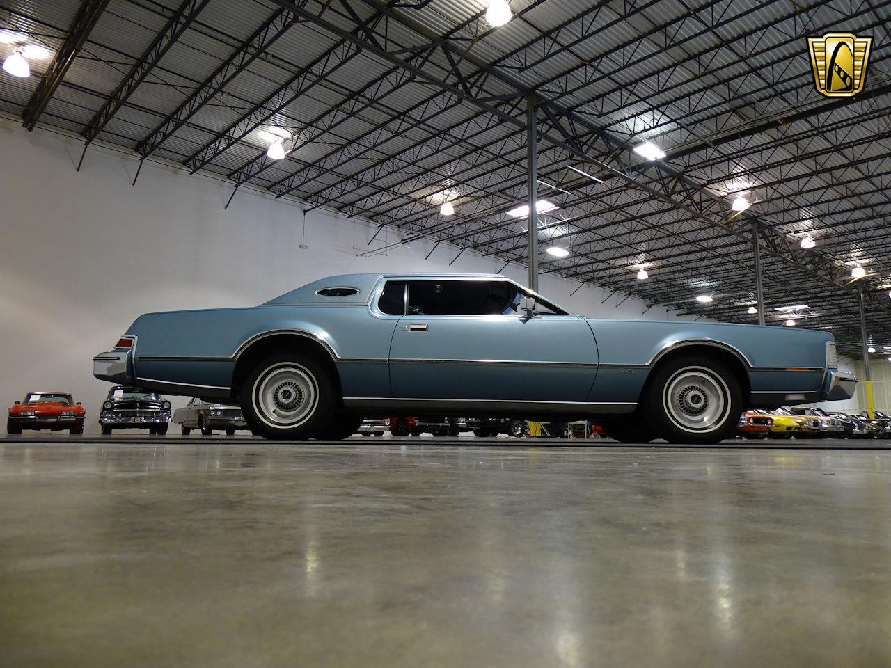 Large Picture of '75 Lincoln Continental located in Houston Texas Offered by Gateway Classic Cars - Houston - L6S1