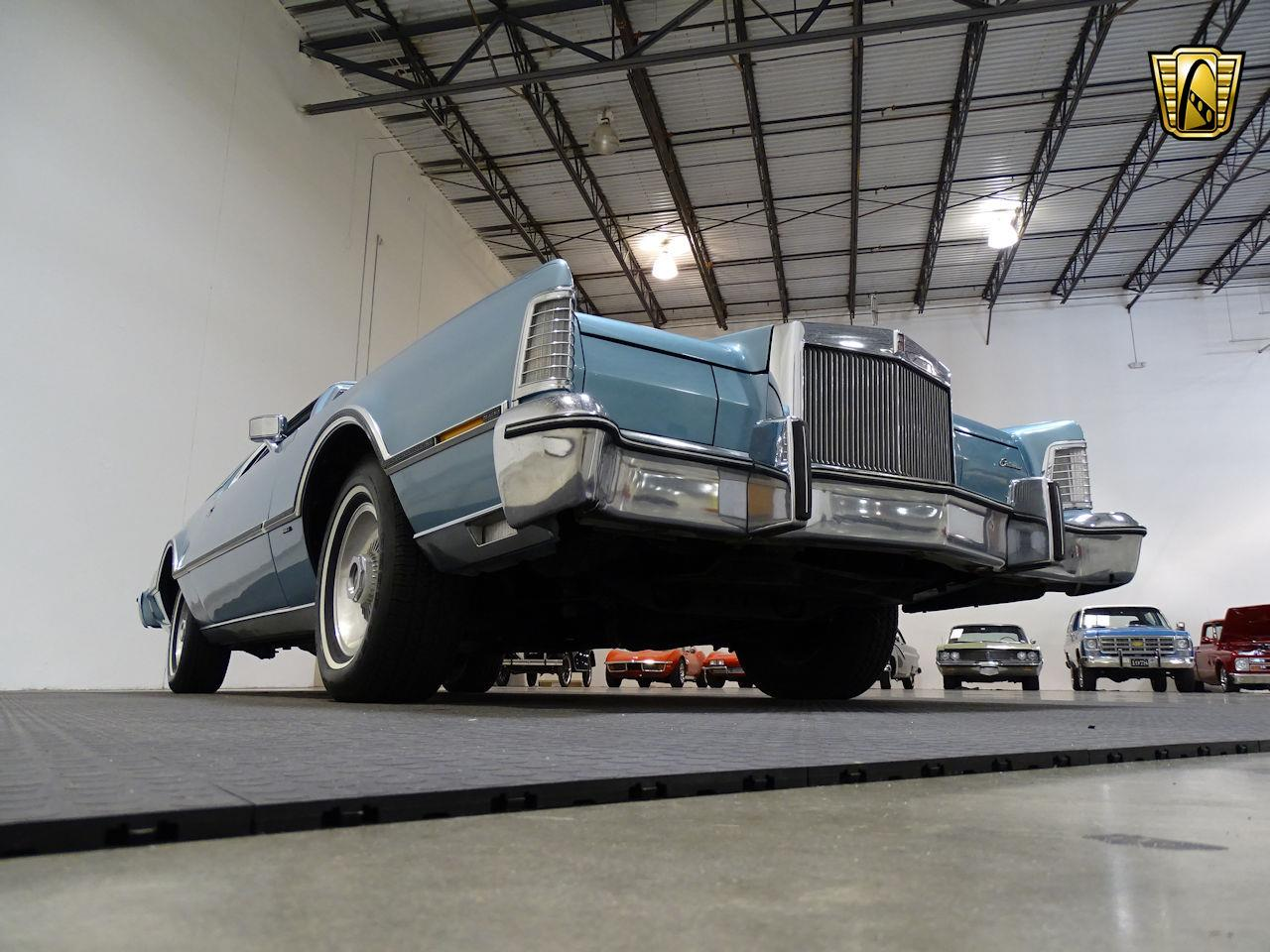 Large Picture of '75 Continental - $10,995.00 - L6S1