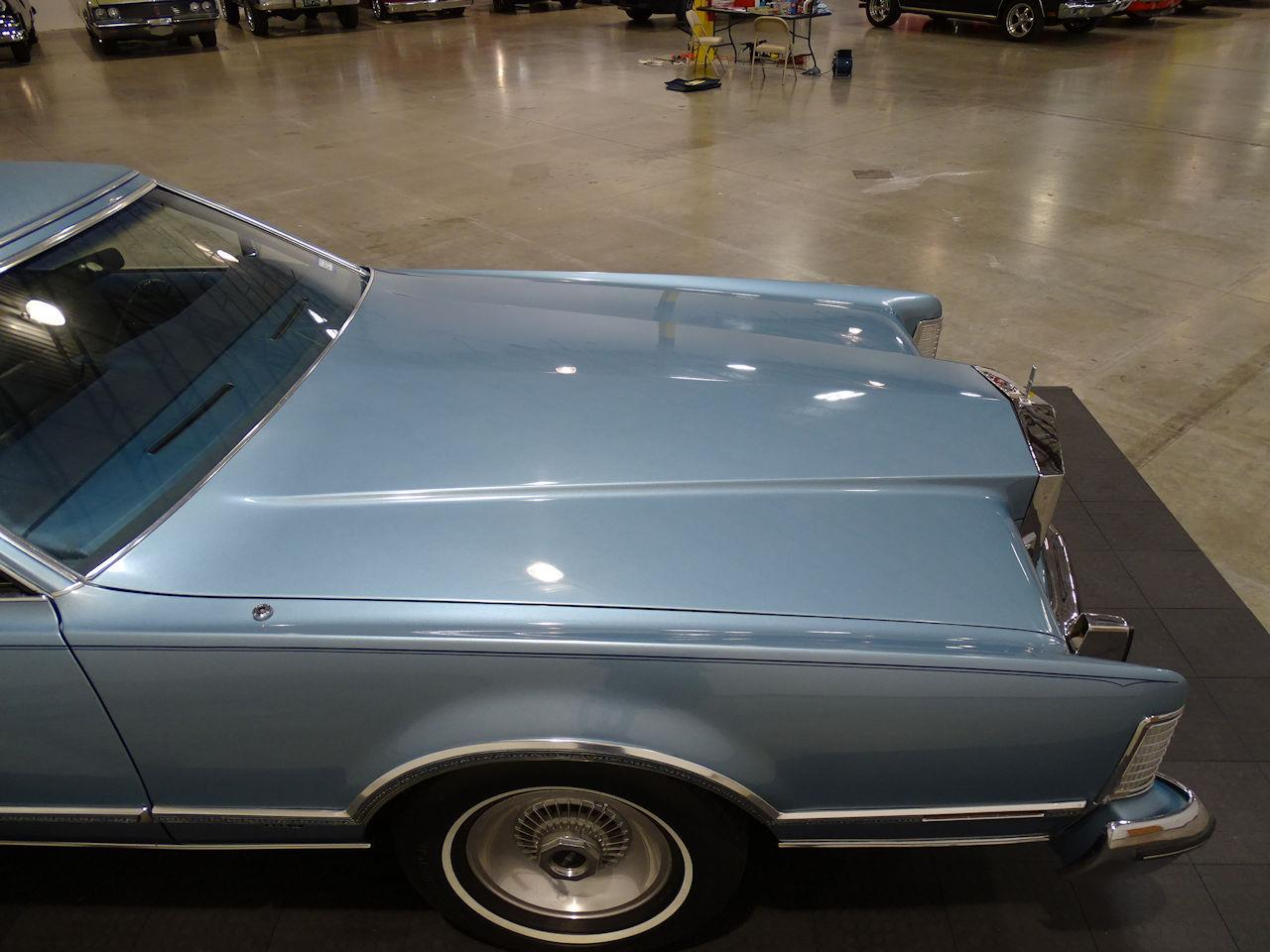 Large Picture of '75 Lincoln Continental located in Houston Texas - $10,995.00 - L6S1