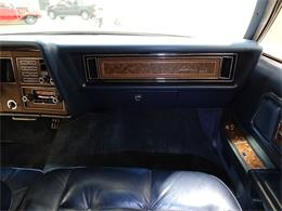 Picture of 1975 Lincoln Continental located in Texas - L6S1