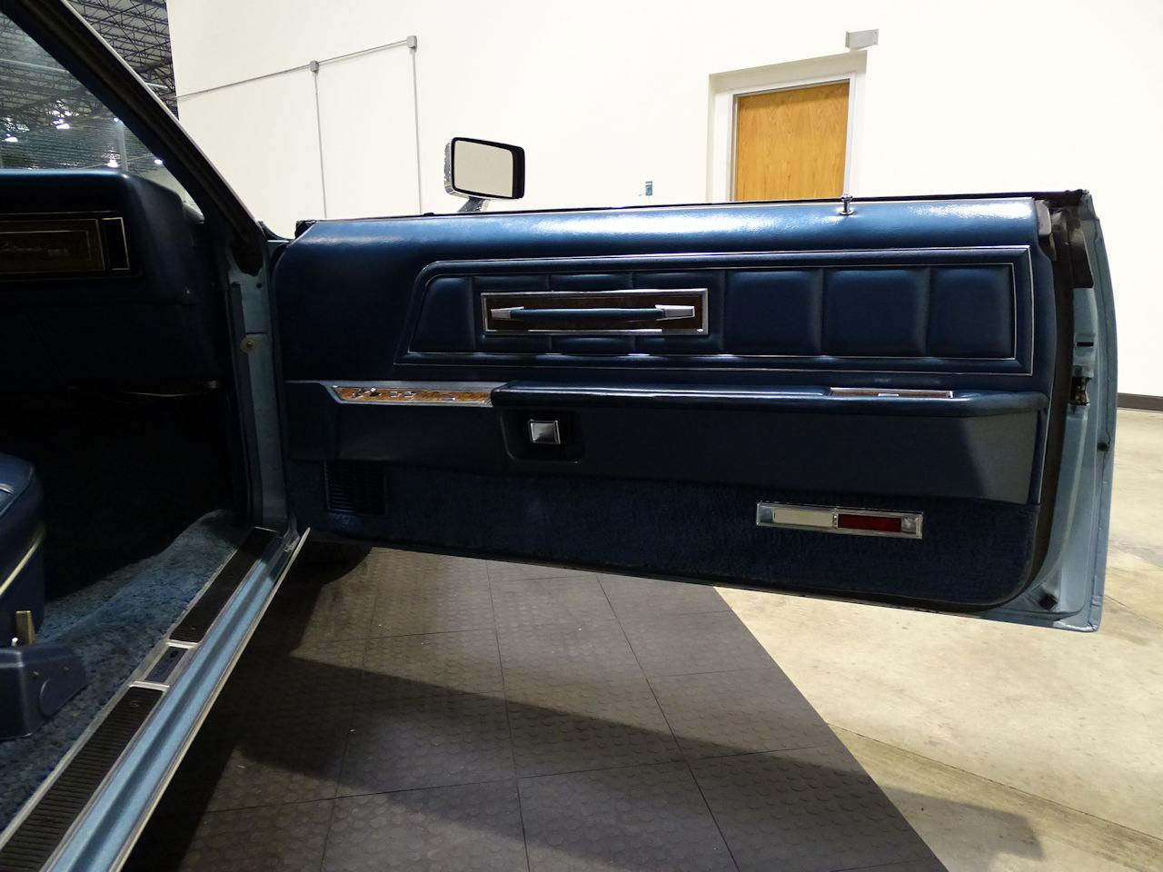 Large Picture of '75 Continental located in Houston Texas - L6S1