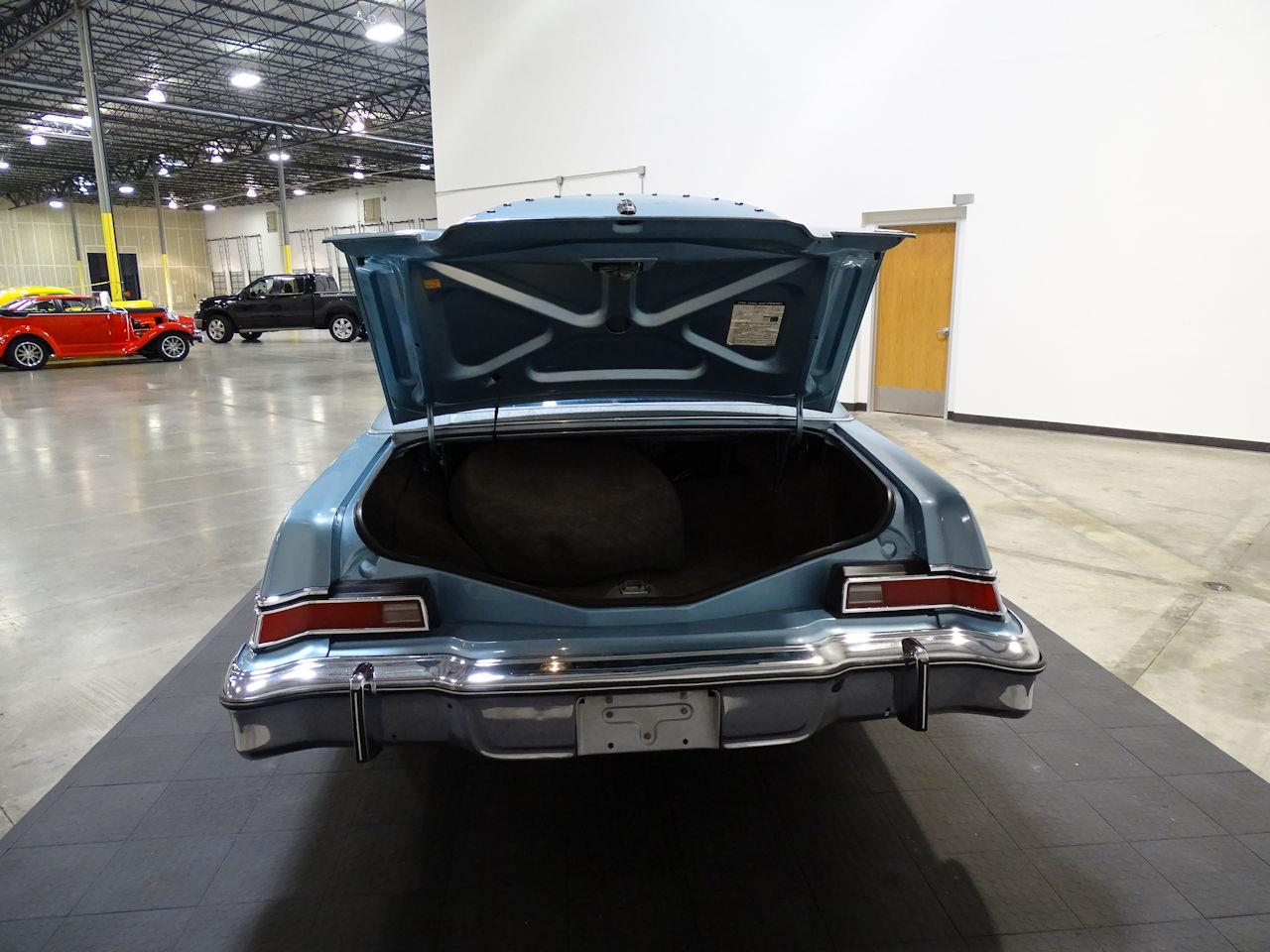 Large Picture of 1975 Lincoln Continental - L6S1