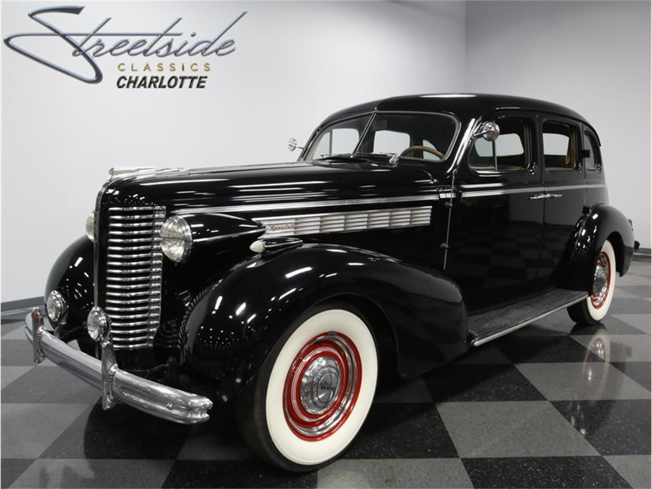 Large Picture of '38 Special 40 Series Trunkback Sedan - L6TG